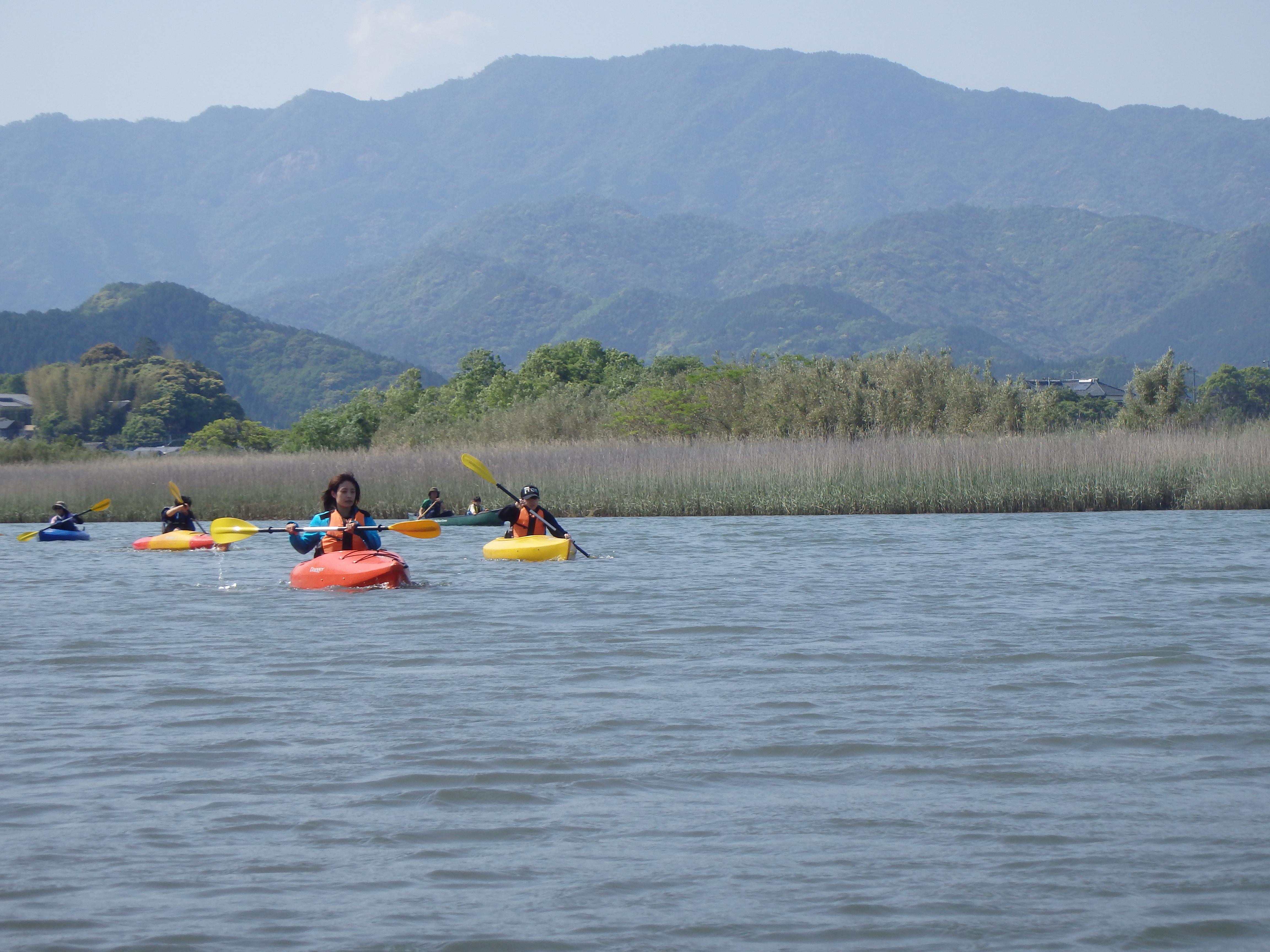 自然環境豊かな友内川を下ります